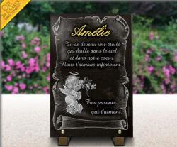 Plaque personnalisable pour tombe d'enfant ou bébé. Ange, fleurs, parchemin et textes + or 24 carats