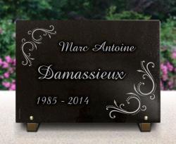Plaque funéraire fleurs en granit avec déco arabesques