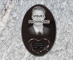 M�daillon en granit grav� + photo gravure portrait avec coeur et colombes