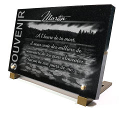 Gravure sur plaque funéraire en granit ou en verre campagne
