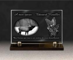 Plaque funéraire personnalisable en verre avec dessin nature mésange et cerf.
