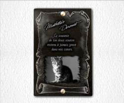 Plaque funéraire chat, parchemin en granit gravé à visser.