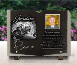 Plaque mortuaire en forme de livre pour motard avec coeur, colombe et porcelaine