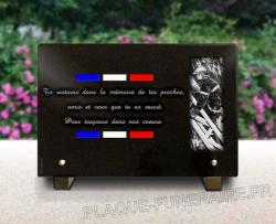 Plaque funeraire militaire