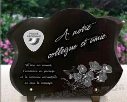 Plaque funéraire sigle Police nationale et roses. Granit gravé à personnaliser.