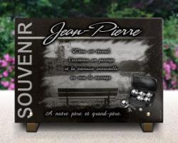Plaque funéraire pétanque, boules avec banc et paysage lac.