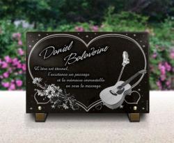 PModèle personnalisable en hommage à Daniel Balavoine. Granit gravé.