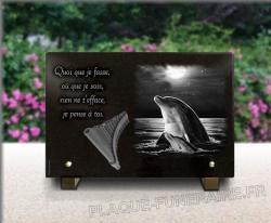 Plaque funéraire à personnaliser avec coucher de soleil, dauphins et flûte