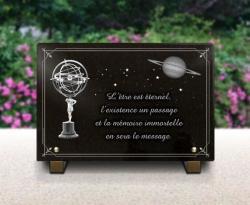 Plaque funéraire astronomie, Zeus+saturne+étoile+bordure décorative.
