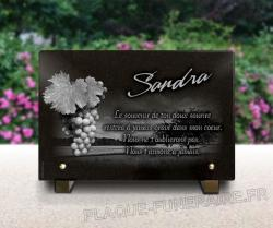 Plaque mortuaire viticulture avec raisin vigne et campagne. A personnaliser.