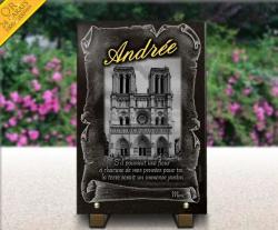 Plaque funéraire Paris avec parchemin et dorure 24 carats.