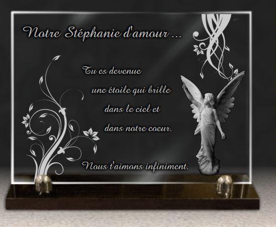 Plaque funéraire verre  arabesques. 25 x 35 cm.
