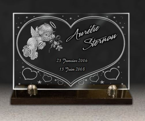 plaque fun raire pour enfant ou b b avec ange fleurs et coeurs plaque mortuaite en verre grav. Black Bedroom Furniture Sets. Home Design Ideas