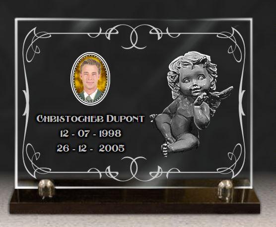 Plaque funéraire verre  m?daillon c?ramique. 25 x 35 cm.