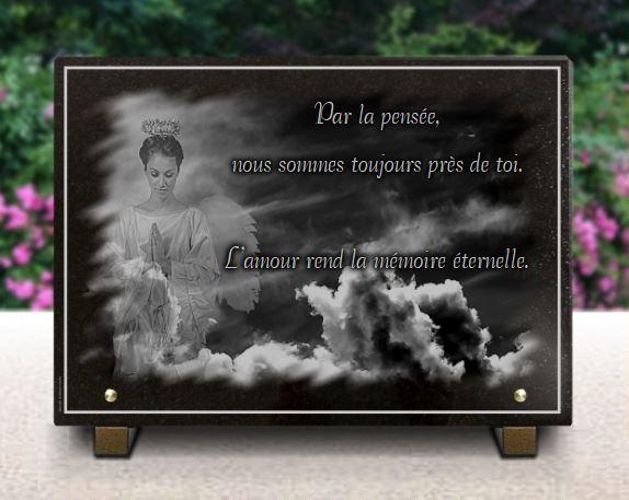 Plaque funéraire granit nuages ciel . 25 x 35 cm.