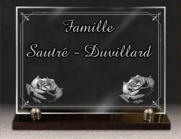 Plaque funéraire verre  plaque funeraire en verre. 25 x 35 cm.