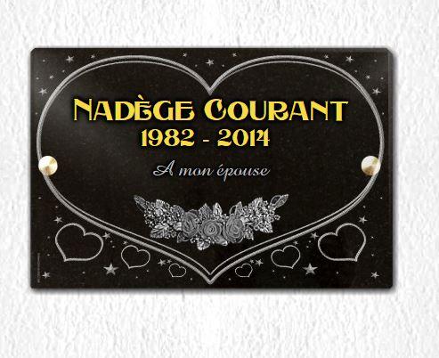 Plaque funéraire granit dorure or 24 carats roses étoiles . 20 x 30 cm.