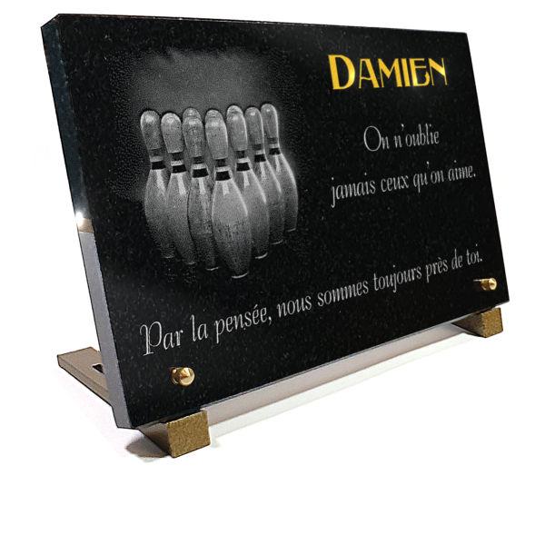 Plaque funéraire granit  Quilles de bowling.  x  cm.