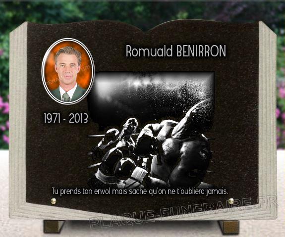 Plaque funéraire granit  boxeur sport de combat thai violent ring plaque funéraire livre ouvert granit. 30 x 40 cm.