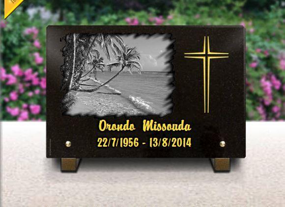 Plaque funéraire granit croix religieuse chrétienne . 20 x 30 cm.