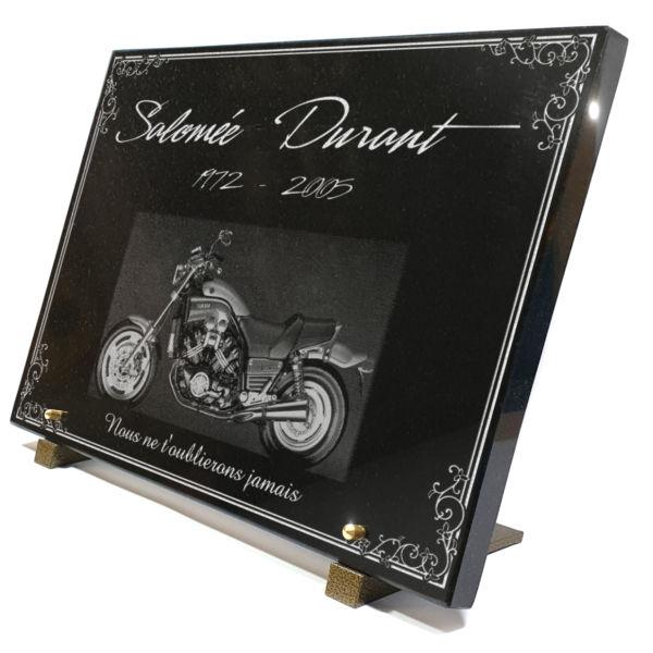 Plaque funéraire granit bordure décorative moto honda . 30 x 40 cm.