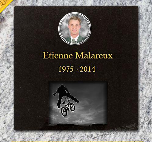 Plaque funéraire granit  columbarium colombarium vélo VTT BMX sport cyclisme cycle cycliste bike. 30 x 30 cm.