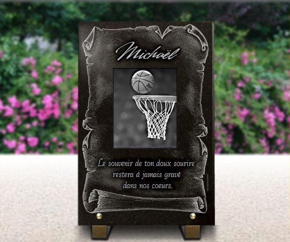 Plaque funéraire granit  basket basquet ballon panier sport équipe equipe basketteur basketteuse. 30 x 20 cm.