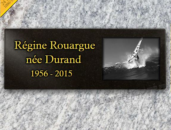 Plaque funéraire granit sports planche à voile a surf vagues mer ocean océan columbarium . 15 x 40 cm.