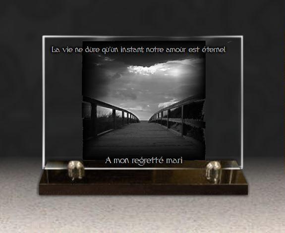 Plaque funéraire verre verre pont chemin nuages rayons de soleil symbolique chemin paysage.  x  cm.