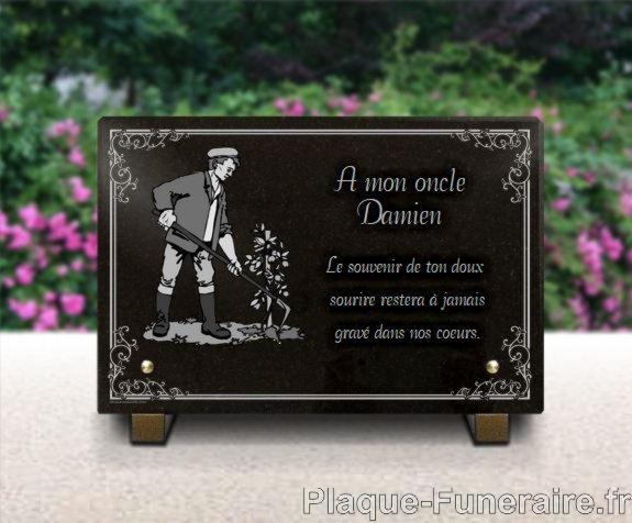 Plaque funéraire granit  bordure decorative jardinier potager brouette paysagiste. 20 x 30 cm.