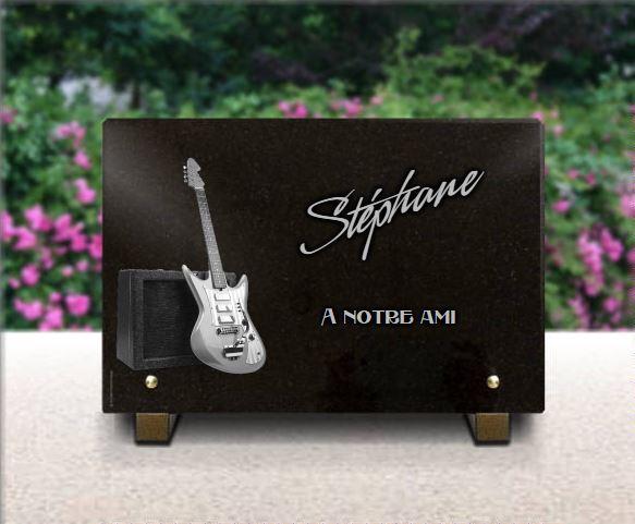Plaque funéraire granit  guitare electrique ampli rock musicien electro. 20 x 30 cm.