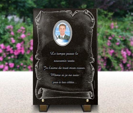 Plaque funéraire granit porcelaine colombe ciel bleu. 30 x 20 cm.