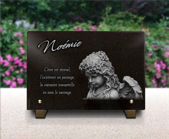 Plaque funéraire granit  . 20 x 30 cm. Plaque granit avec ange 30x20cm