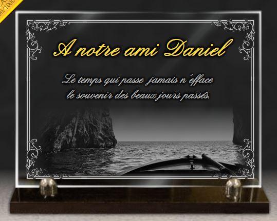 Plaque funéraire verre  . 25 x 35 cm. Personnalisez une plaque funéraire en verre avec bateau, or, barque