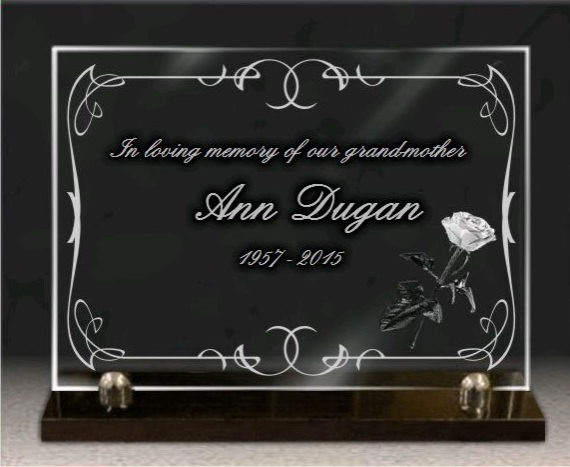 Memorial plaque glass  . 25 x 35 cm.