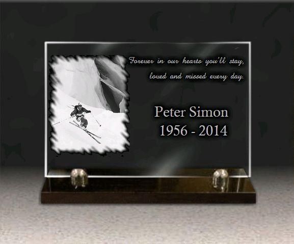 Memorial plaque glass  . 20 x 30 cm.