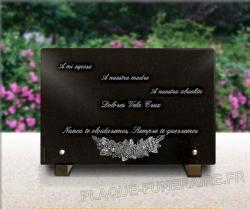 Grabado en placa funeraria de granito o vidrio