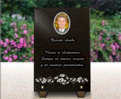 Grabado en placa funeraria de granito o vidrio flore