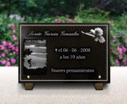 Placa para un monumento funerario cicl