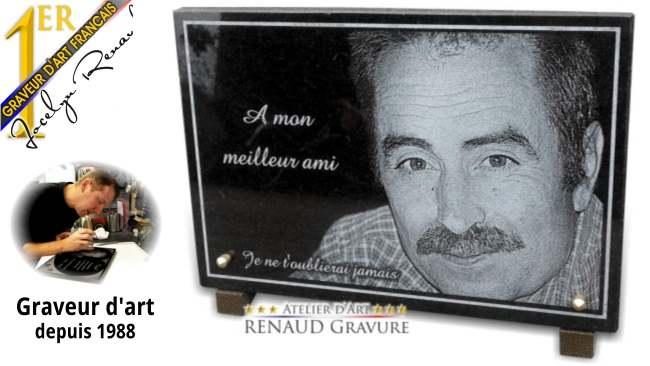 Portrait et photo gravée sur une plaque funéraire à personnaliser