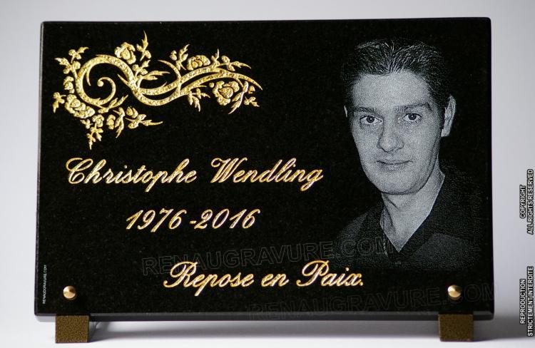Plaques funéraires personnalisées avec photo portrait.