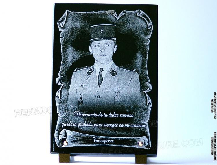 Plaque funéraire gendarme