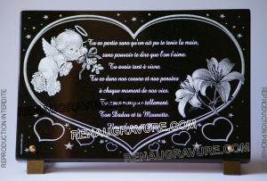 Photo de : Plaque funéraire coeur, ange et fleurs.
