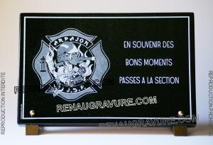 Photo de : Plaque funéraire pour pompier de Arpajon (JSP)
