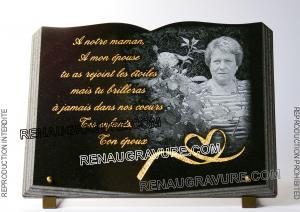 Photo de : Plaque funéraire livre avec photo