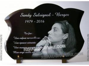 Photo de : Plaque mortuaire personnalisable en granit avec photo.