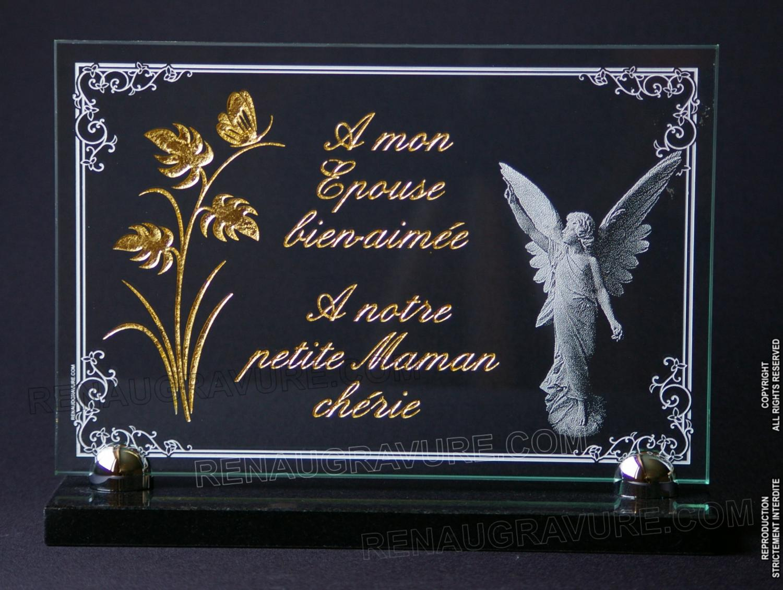 Voici une très belle réalisation : Plaque verre gravé + dorure 24 carats, ange et bordure décorative.